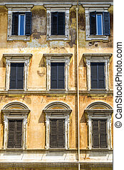 Italian house ancient facade