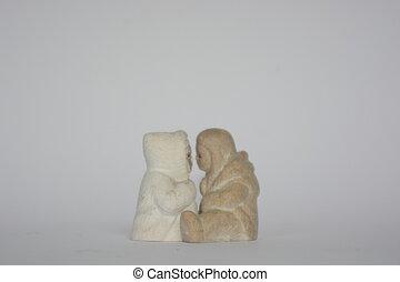 kissing Eskimos