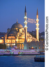 Yeni Camii Mosque - Yeni Camii - New Mosque in Istanbul,...