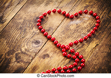 Heart shape pearl necklace, a woode - Red heart shape pearl...