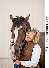 mujer, con, ella, caballo