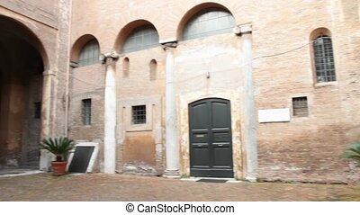 santi quattro incoronati Basilica - Santi Quattro Coronati...
