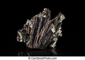 Black tourmaline and aquamarine, black background - Black...