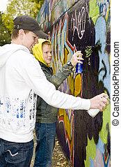 dos, niños, rociar, Pintura