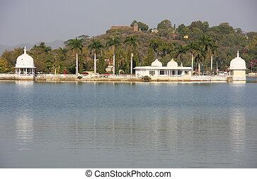 Fateh Sagar lake, Udaipur, India - Fateh Sagar lake,...