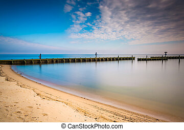 Long exposure on the shore of the Chesapeake Bay, in North...