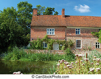 Flatford Mill cottages, Suffolk, UK - Pretty brick cottages...