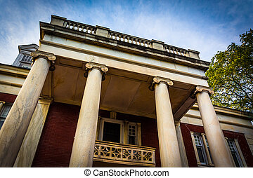 Old architecture in Hanover, Pennsylvania. - Old...