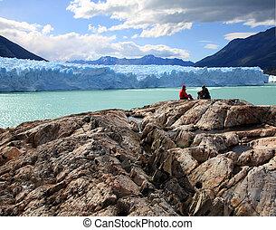 Perito Moreno Glacier, Argentina - Couple looking at Perito...