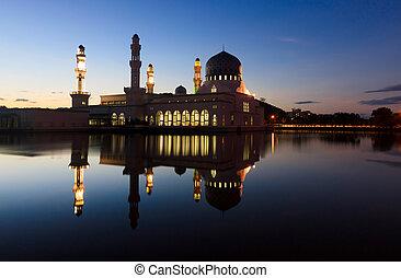 Kota Kinabalu mosque at dusk in Sabah, Borneo, Malaysia