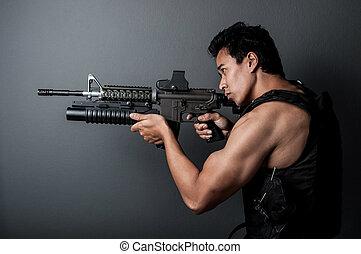 soldado, hombre, Asimiento, máquina, arma de fuego