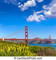 Golden Gate Bridge San Francisco from Presidio California -...