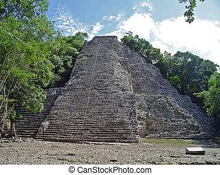 coba pyramid - Coba mayan pyramid, Yucatan, Mexico...