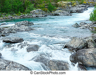 Summer mountain river waterfalls (Norge) - Summer mountain...