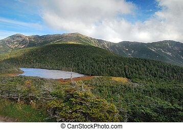 Franconia Ridge in the White Mountains in New Hampshire -...