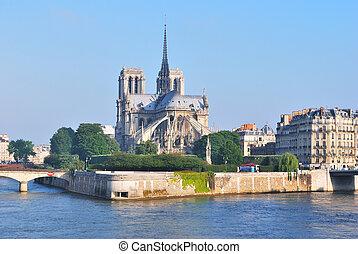 Paris Cite island - Paris, France Cite island in the sunny...