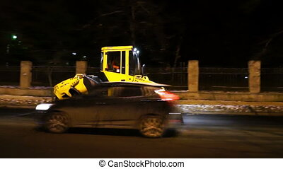 Road works in big city at late evening - SAINT PETERSBURG,...