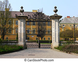 Eger, wrought-iron gate - One are the pasts for the masters...