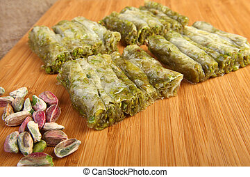 Princes with pistachio - Delicious turkish dessert Prenses...
