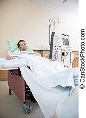 retrato, recibiendo, paciente,  renal, diálisis