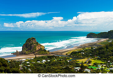 Piha beach - Beautiful Piha beach near Auckland with a...