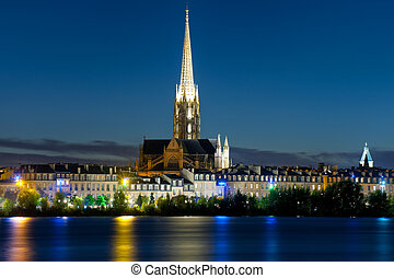 Bordeaux at a black summer night - Cityscape of Bordeaux at...
