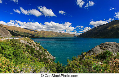 Beautiful lake Wakatipu, Queenstown, New Zealand