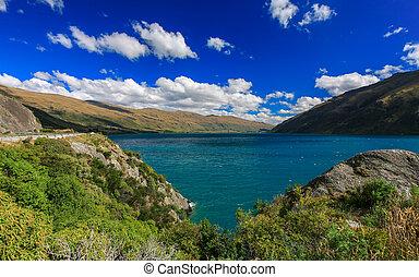 Beautiful lake Wakatipu, Queenstown, New Zealand