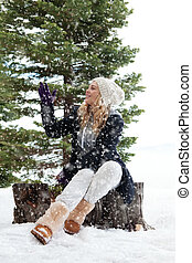 woman and snow - Portrait of young beautiful woman on winter...