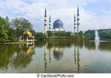 Masjid Sultan Salahuddin Abdul Aziz Shah - The quot;Blue...