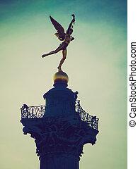 Retro look Place de la Bastille Paris - Vintage looking...
