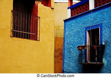 Mexican windows - Windows in Guanajuato, a small Spanish...
