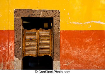 Swinging tavern doors, Mexico. - Swinging tavern doors, San...
