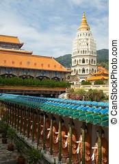 Kek Lok Si Temple - Distinctive Pagoda of Rama VI at Kek Lok...