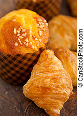 fresh baked muffin and croissant mignon - fresh baked muffin...