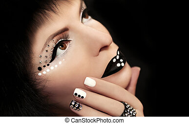 Makeup and manicure with rhineston. - Makeup and manicure...