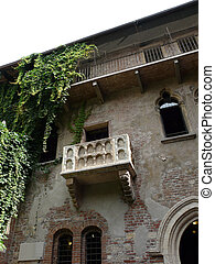 Romeo and Juliet balcony - The famous balcony of Romeo and...