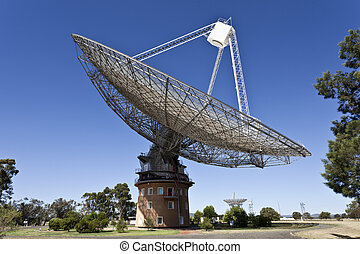 Radio Telescope Dish in Parkes, Aus - The historical radio...