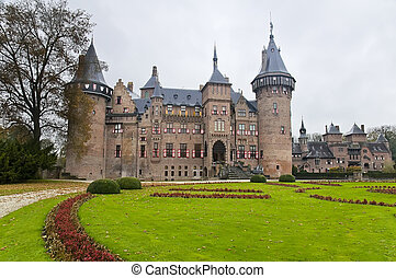 Castle De Haar in Netherlands - Castle De Haar near...