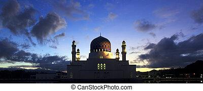 Kota Kinabalu city mosque at Borneo - Kota Kinabalu city...