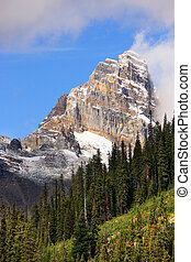 Mountains around Lake O'Hara, Yoho National Park, Canada -...