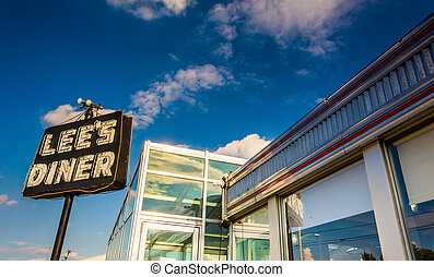 Lee's Diner, along Lincoln Highway near Thomasville,...