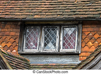 Leaded Window - Leaded window and traditional Sussex hung...