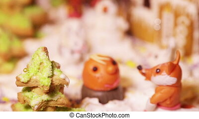 Piece of cake with little animals - Christmas cake with...