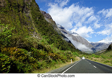 Fiordland - New Zealand - Campervan trip in Fiordland, New...