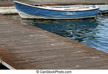 dock, boot
