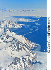 Winter landscape - Panorama at north pole - Glaciers and...