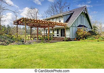 bonito, Farmhouse, anexado, pergola, cedo, primavera