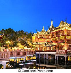 shanghai yuyuan garden at night - beautiful shanghai yuyuan...