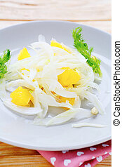 easy winter salad with fennel/ food closeup